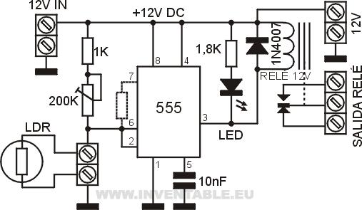 Circuito de la fotocélula con el circuito integrado 555.