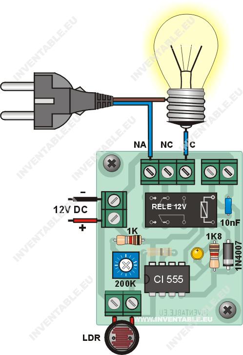 Conexión de la fotocélula a una luz de 110V o 220V.