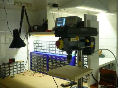 Mi laboratorio y taller iluminado con leds