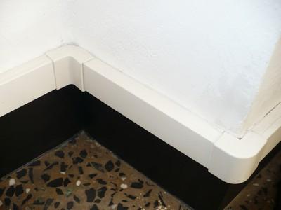 Canaletas externas para la instalación de 12V