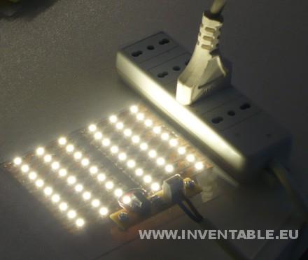 Foto del sistema de tiras de leds con 220V encendido