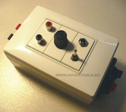 Amplificador terminado dentro de su caja