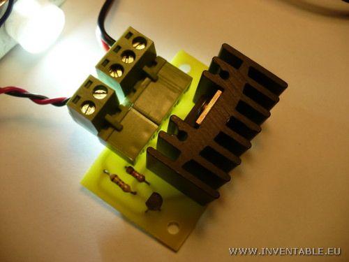 El driver controlando un led de 1 Watt