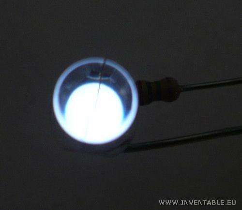 Luz generada en un led con baja corriente