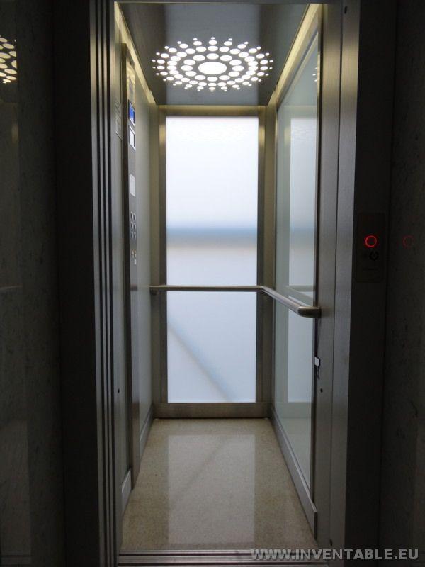 Fotografía del ascensor