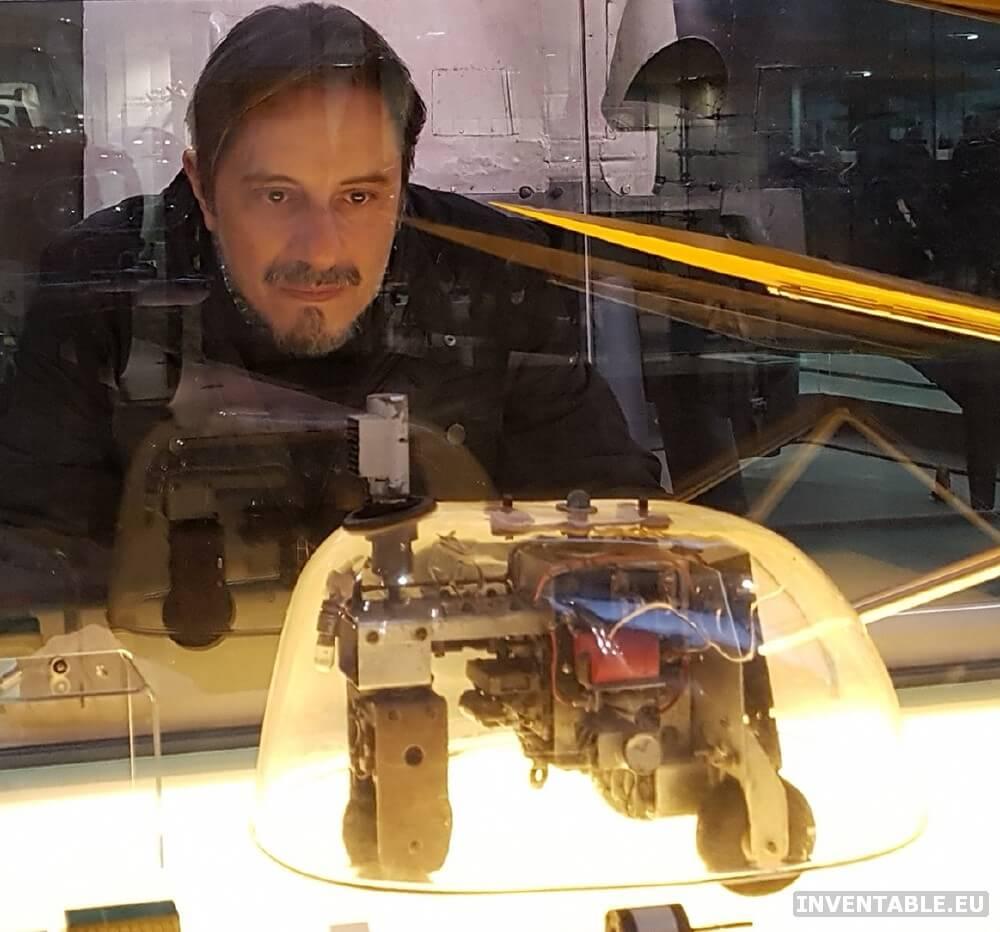 Una réplica de uno de los robots de Grey Walter al Museo de la Ciencia de Londres.